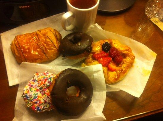 Portobello Market & Fresh Bakery : Pastries from Portabella