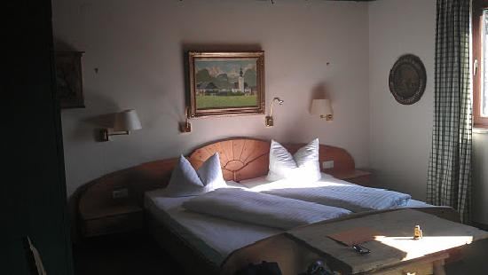 Gasthof-Cafe Sonnenhof: View of double room