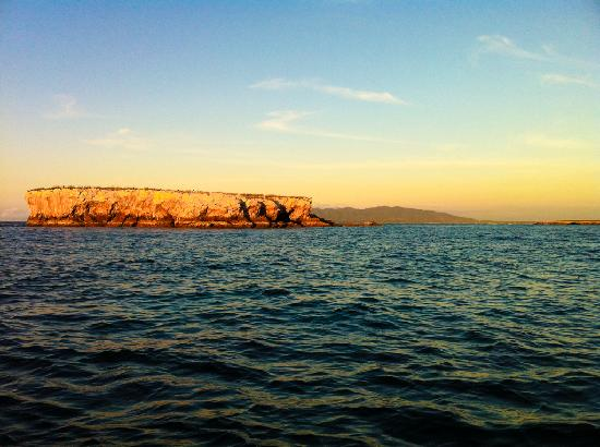 El Anclote: Leaving Marietas Islands at sunset