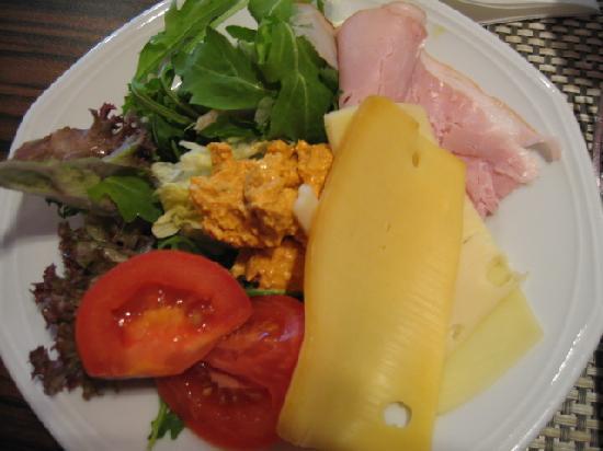 Hilton Budapest: Breakfast - good selection