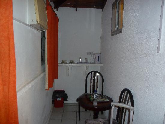 Charlerys Inn: chambre