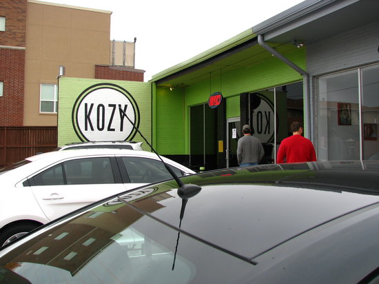 kozy kitchen in the south corner - Kozy Kitchen