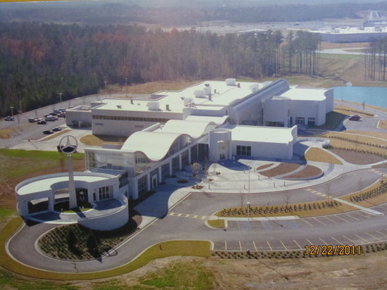 Mercedes benz us international visitor center and factory for Mercedes benz tuscaloosa alabama