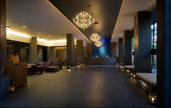 Novotel Phuket Kata Avista Resort and Spa: Lobby