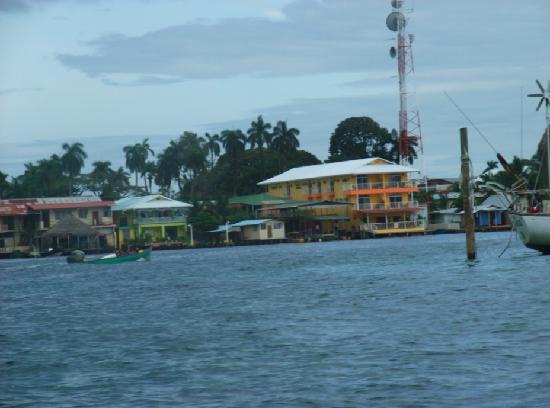 Bocas Condos: Coming into Bocas town
