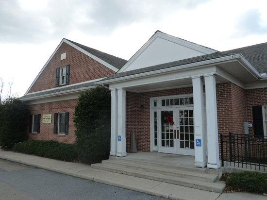 Mennonite Information Center