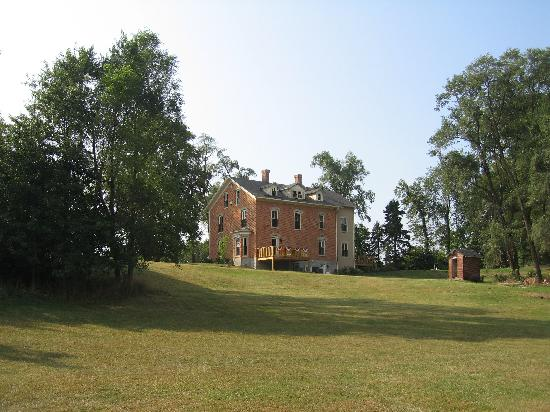 DunesWalk Inn Located on 5 Acres