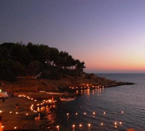 Hotel Montecallini: la baia vista dal sentiero