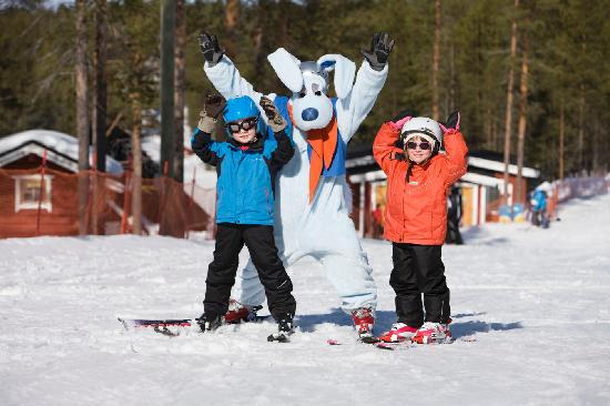 Levi Ski Resort: Levi ski school for children with Werneri