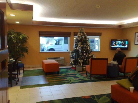Fairfield Inn Seattle Sea-Tac Airport: foyer 2