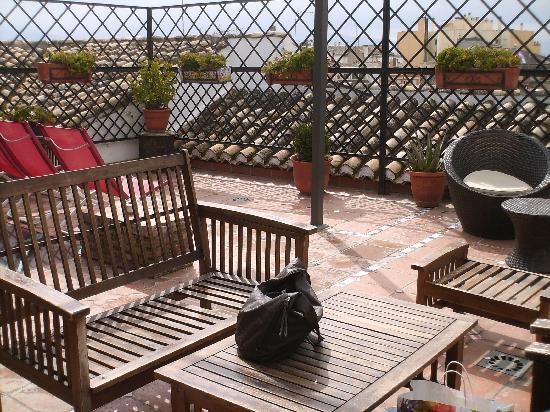 Oasis Backpackers' Hostel Granada: Terasse