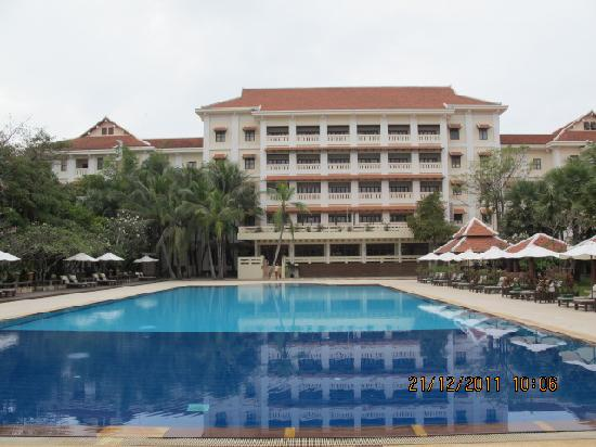 Royal Angkor Resort & Spa: Another gorgeous view from the pool towards the main hotel building.  We were on the 4th floor.