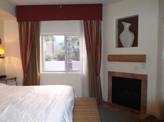 Sheraton Desert Oasis: 寝室2
