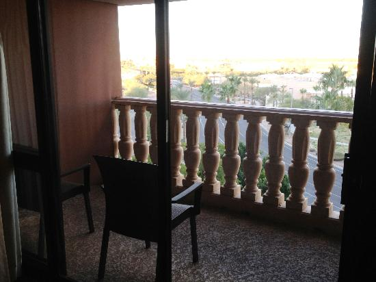 Hilton Phoenix/ Mesa: #606 Covered balcony, with 2 chairs and views of the mountains