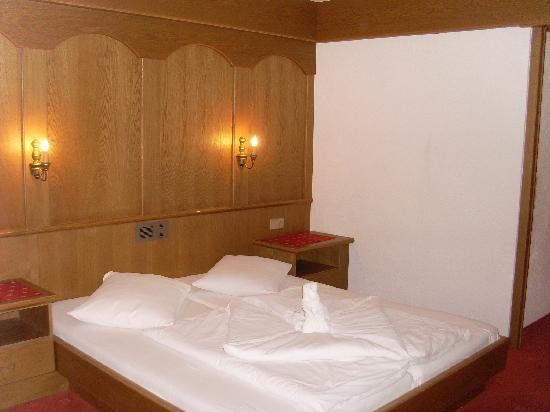 Hotel Alt Vent & Vent: Schlafzimmer
