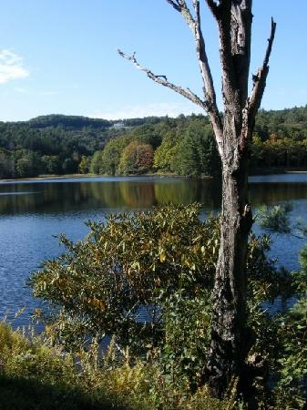 Blowing Rock, Carolina del Norte: View of the lake