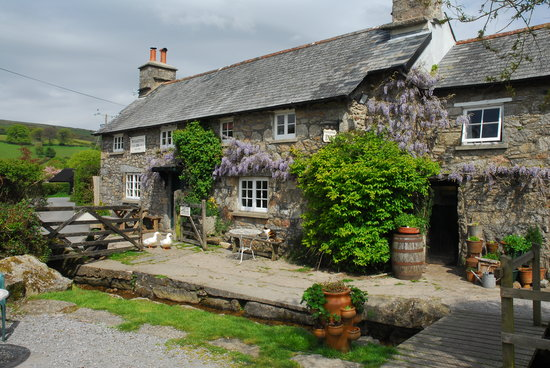 Widecombe in the Moor, UK: The Rugglestone Inn