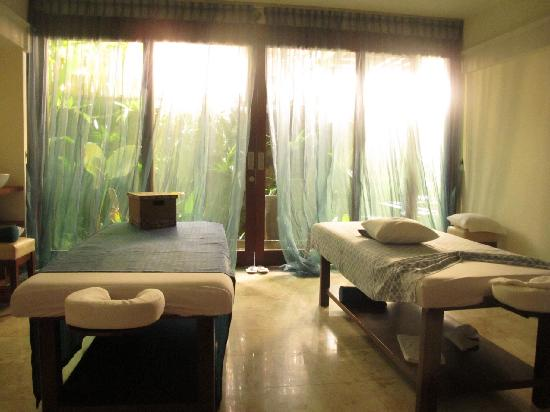 Aroma Spa Room Color ~ Massage room picture of aroma spa retreat sanur