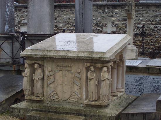 Pictus Cemetery (Cimetiere de Picpus): Tombe de Montalembert
