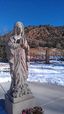 Chimayo, NM: Madonna Garden