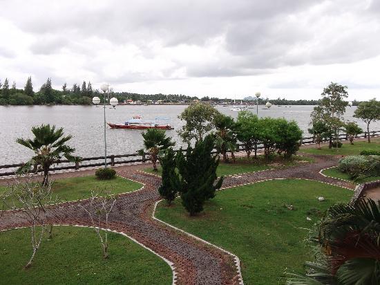 Krabi River Hotel : Krabi River room view