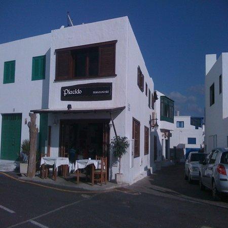Restaurante La Gamba Loca : indoor Placido