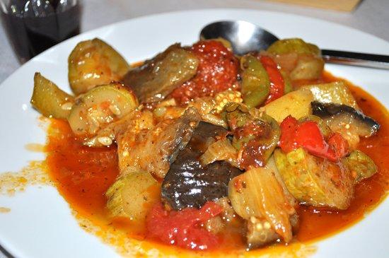 Platanos Taverna: ... vegetable stew ...