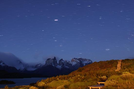 explora Patagonia: Torres del Paine at night