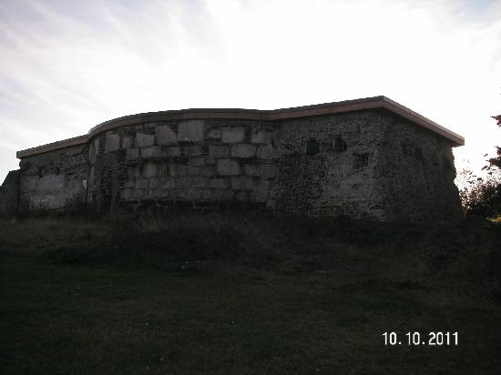 York Redoubt National Historic Site: One of the bunkers