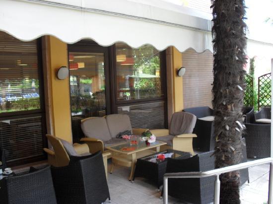 Hotel Imperial: patio