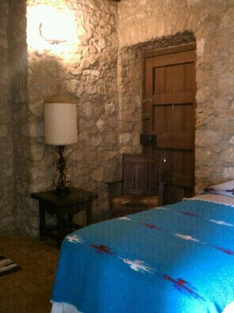 Quarters at Presidio la Bahia: 2nd Room w/two twin beds