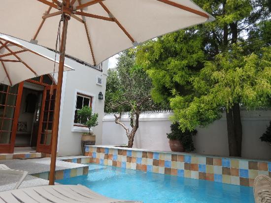 Coopmanhuijs Boutique Hotel & Spa: Blick über den Pool
