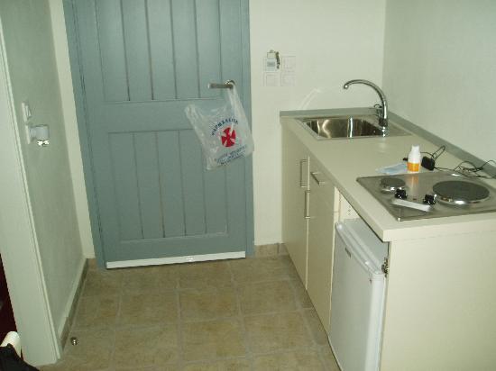 Studios Zografies: kitchen