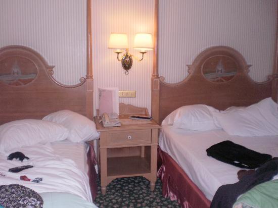 Disneyland Hotel : 2 lits