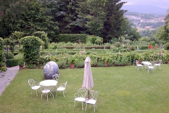 Auberge aux 4 vents fribourg switzerland hotel for Jardin 4 vents