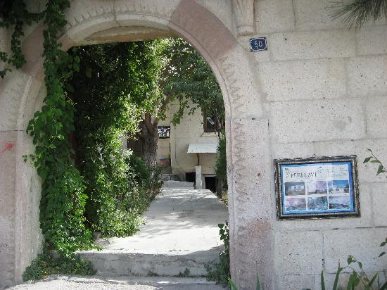 Peri Cave Hotel Entrance