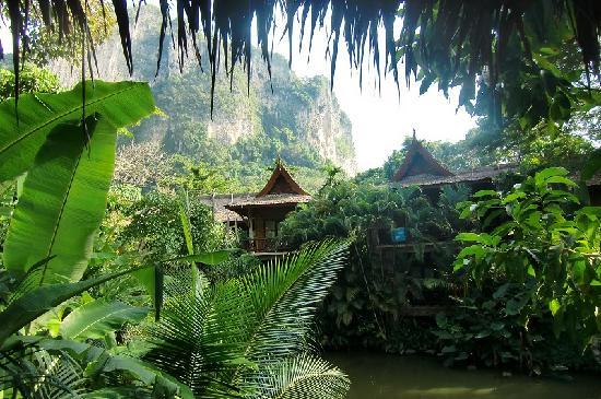Kort Taget Fran Poolen Picture Of Somkiet Buri Resort Ao Nang