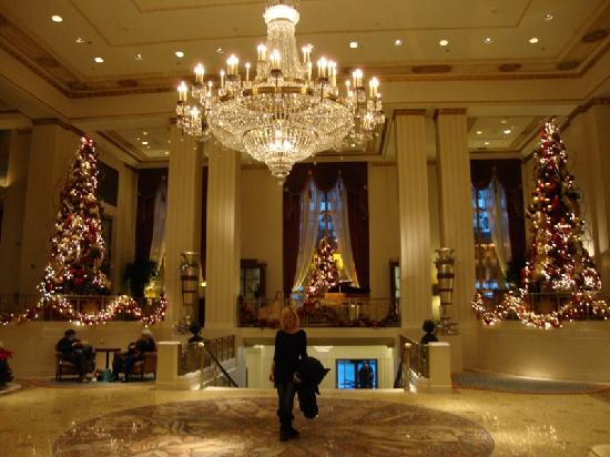 lobby picture of waldorf astoria new york new york city. Black Bedroom Furniture Sets. Home Design Ideas
