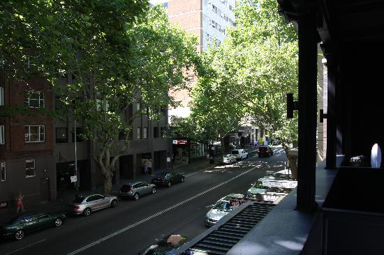 Macleay Lodge Sydney: outside