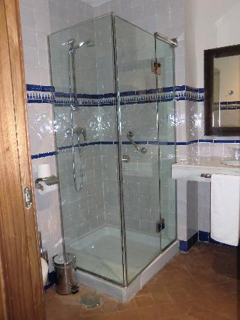 Casa Palacio Pilar del Toro Hotel: Cuarto de baño con pie de ducha
