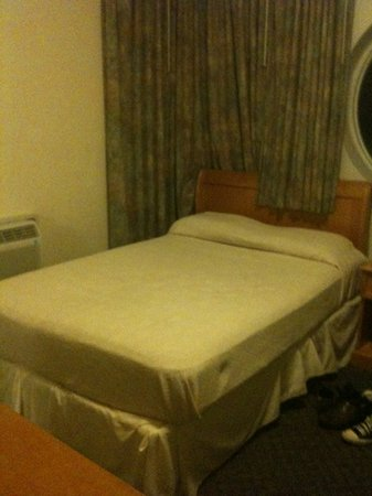Ocean Surf Blue : room 218
