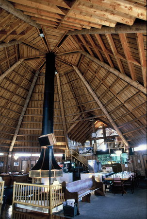 Teton Teepee Lodge: Great room for great times!