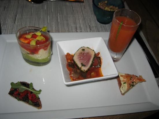 Four Seasons Resort Bora Bora: Small Plates/Appetizers at dinner
