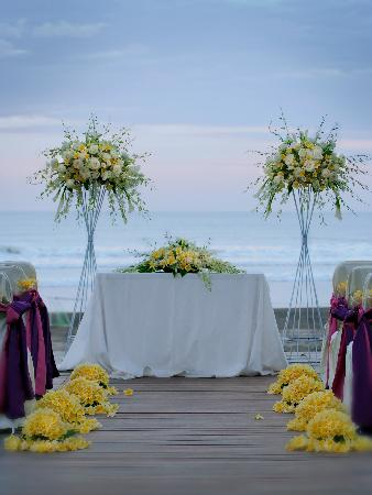 Anantara Seminyak Bali Resort : Wedding set-up