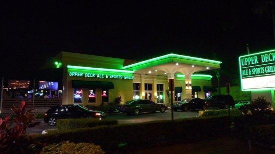 Upper Deck Ale & Sports Grille: Outside shot