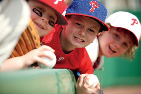 Клируотер, Флорида: Clearwater is the spring training home of the Philadelphia Phillies.