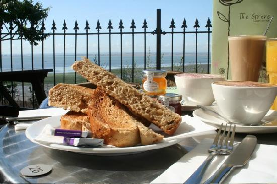 The Grove: Breakfast on the decking