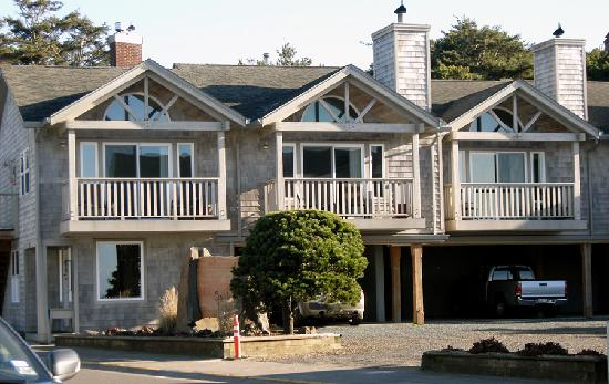 Ocean Inn at Manzanita: Rooms 6 and 7