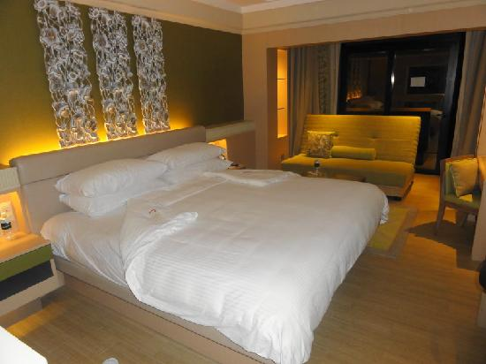 Shangri-La's Rasa Sentosa Resort & Spa : Renovated Family Room
