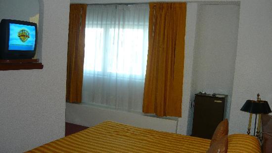 Antillano Hotel: cama